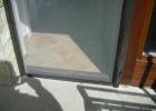 Szúnyogháló ajtóra barna kerettel