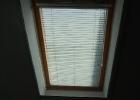 Rugós szúnyogháló tetőtéri ablakra